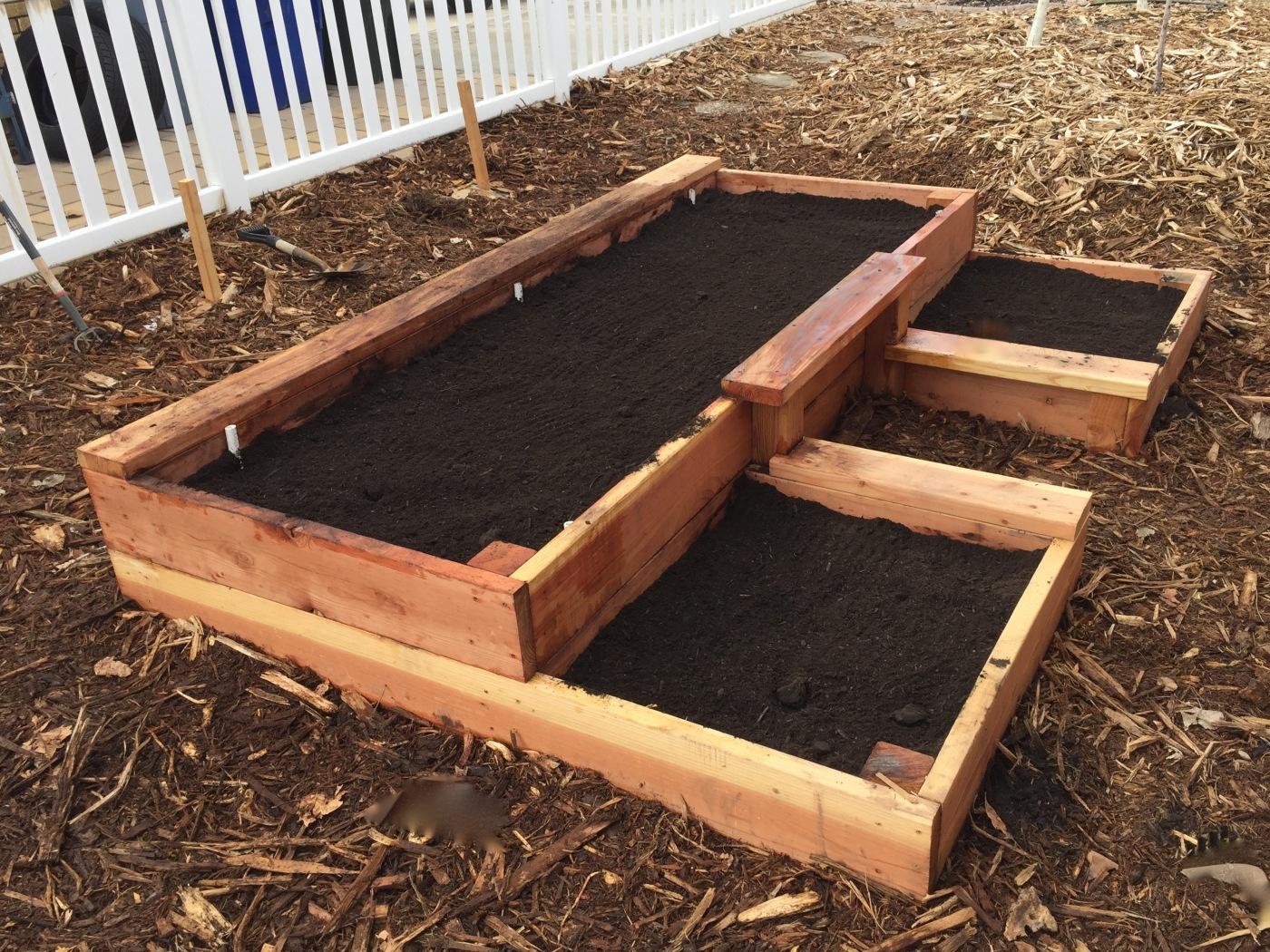 Preparing garden beds part 2: raised beds – Foodscaping Utah